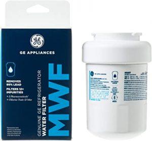 General bottom-freezer refrigerator water filter